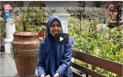 ANDRIA PUTRI_SMK NEGERI 1 MADIUN Vlog Tourism_PAHLAWAN STREET CENTER